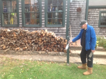 H and woodpile